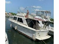 "1984 Uniflite 31'11"" Cabin Cruiser - Florida"