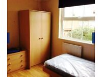 Lovely studio flat to rent in Croydon.Rent 750 p/m.All Bills included.With back garden.Shops nearby.