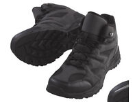 Black boots size 10 (or 9.5). Light, breathable, comfy synthetic. Ideal for work or leisure £17.