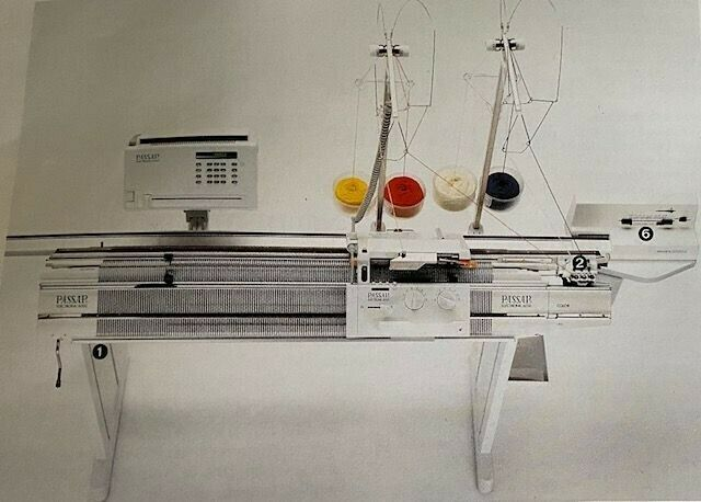 Passap E6000 knitting machine with extras
