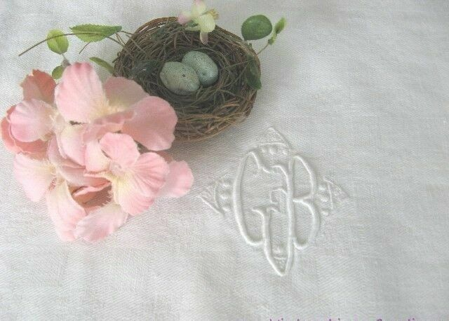 AnTiQuE COTTAGE CHIC Embroidery Monogram G B *Checkered DAMASK Vintage TEA TOWEL