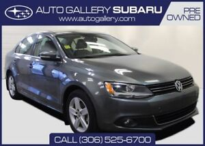 2011 Volkswagen Jetta Sedan HIGHLINE | LOW MILEAGE | LEATHER | R