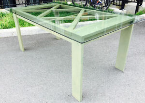 Glass table by CANADEL.