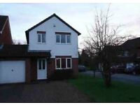 3 bed link detached house to rent with garage and parking for 2 cars