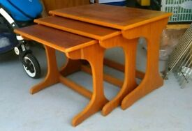 Nest of tables teak