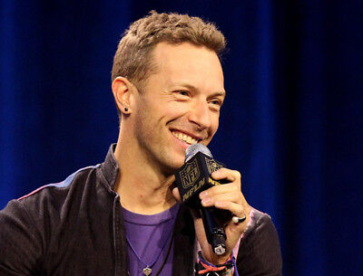 10 x Chris Martin UNSIGNED photographs - Lead singer with Coldplay - OFFER #4