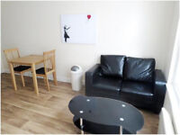 One Bedroom Apartment - Town Center - Fully Furnished - High Spec - 2 Mins To Uni - Town Center, HD1