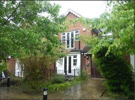 2 bedroom flat in Sadlers Court, Winnersh, Wokingham, RG41