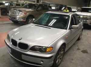 *Safetied* 2002 BMW 320i *Leather*HeatedSeats*SunRoof*LowKM*