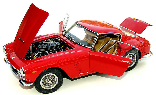 1/18 CMC 1961 Ferrari 250 GT SWB diecast model ( red  )