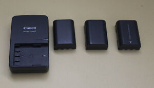CANON BATTERY CHARGER + 3 BATTERIES