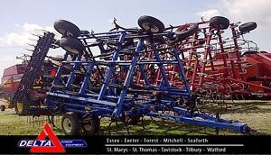 New Holland ST250 26.5 Foot Field Cultivator