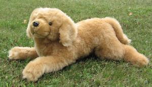 GOLDEN RTETRIEVER LARGE PLUSH DOG VERY GOOD CONDITION