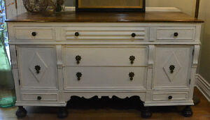 Classic Vintage Sideboard / Chest of Drawers
