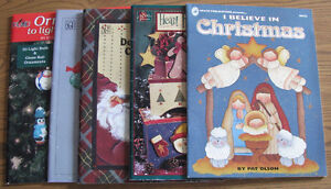 REDUCED - Lot of Decorative Painting Books - Christmas Themed