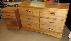 WELL MADE SOLID WOOD 6 DRAWER DRESSER AND NIGHTSTAND