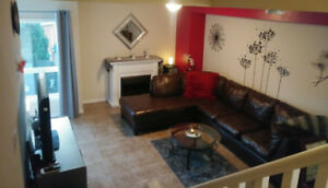 2 Bedroom Rental Opportunity For A Professional Female