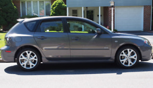 MAZDA 3 GT HATCHBACK- LOW KMS-GREAT CONDITION