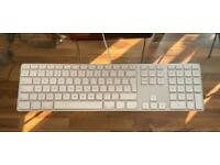 USB wired Original Apple Keyboard with numeric keypad
