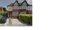 4 Driveway parking spaces available in safe and secure area of Luton always accessible