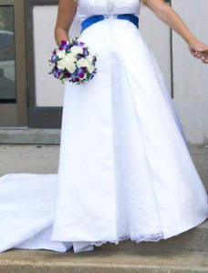 Alfred Angelo wedding dress and assessories