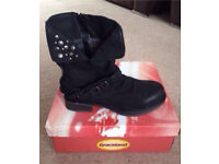 New Black Boots Size 5 RRP £24.99