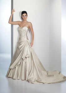 Wedding Dress 7738