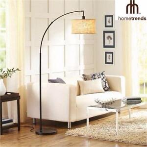 NEW HOMETRENDS FLOOR LAMP   ARC FLOOR LAMP - ANTIQUE BRONZE FINISH HOME INDOOR LIGHTING LIVING ROOM LIGHT 98323723