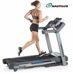 NEW* NAUTILUS STRIKE ZONE TREADMILL DUAL LCD BLUETOOTH USB PORT EXERCISE FITNESS EQUIPMENT MACHINE GYM WORKOUT 99497421