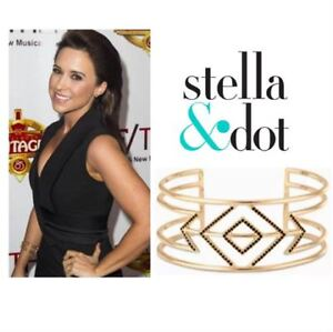 Stella & Dot Pave Sphinx Cuff for the holidays!