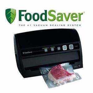 NEW FOODSAVER VACUUM SEALING KIT   FoodSaver V3230 Vacuum Sealer System, Black FOOD WRAPPER SEALER STORAGE 98830204