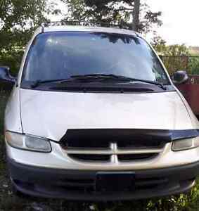 2000 Dodge Caravan   AS IS (for Parts)