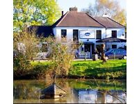 Full Time Waiting & Bar Staff Required, Busy Country Pub in Esher. Immediate Start