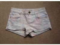 Topshop Moto Faded Floral Shorts W26