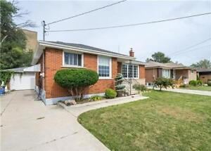 Spacious Bungalow In The Highly Sought After Hampton Heights!