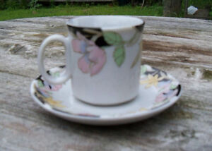 Set of 9 espresso Cups and saucers Belleville Belleville Area image 1