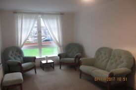Cintique Suite - 2 Seater + 2 Armchairs in new condition