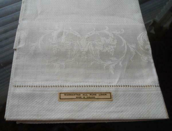 NWT Vintage Irish Linen Damask Bath Hand Towel Art Deco Geometric