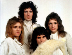 Freddie Mercury, Brian May, Roger Taylor UNSIGNED photo - D774 - Queen