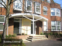 HORSHAM Office Space to Let, RH12 - Flexible Terms | 5 - 83 people