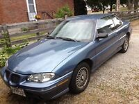 1997 PONTIAC GRAND AM SE Sedan