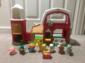 Fisher Price Little People Animal Farm with sounds and figures