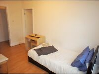 1 bedroom flat in Goodge Street, London, W1T