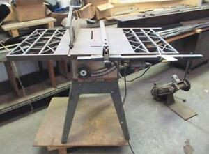Contractor's 10 inch table saw London Ontario image 1