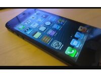 Unlocked iPhone 5 in Excellent Condition