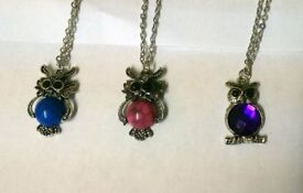 Owl pendant with gem in the centre of owls tummy with chain £3.50 each