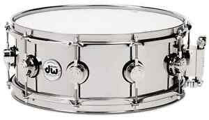 DW 6.5 x 14 Collectors stainless steel snare. Great shape