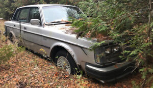 Complete Volvo GLE for parts