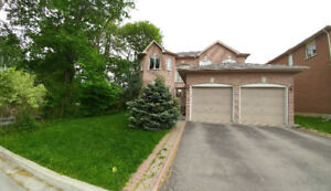 Bayview/16th Richmond Hill 4 Bedroom 3 Washroom House for Rent