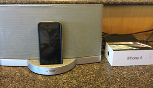 iPhone 4 and Bose sound dock music player.